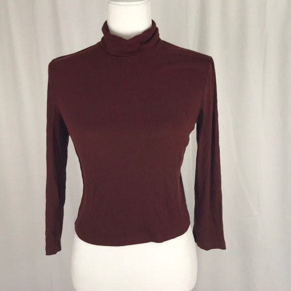 Forever 21 Tops - Forever 21- short waisted turtle neck size XL